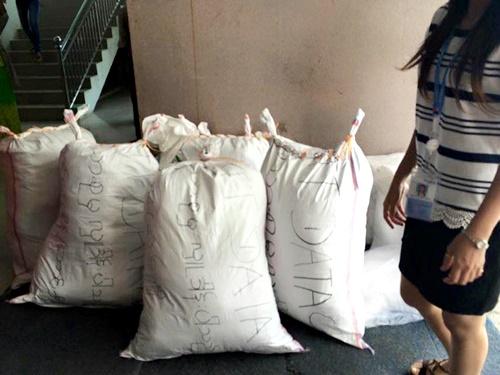 NTT Data Myanmarが準備した支援物資
